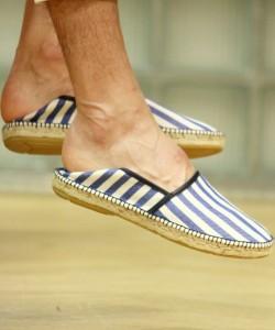 エスパドリーユはかかとを踏んでもいい靴