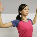 肩甲骨はがしの方法と効果、セルフでするやり方【動画】