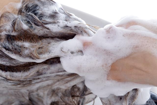 薄毛予防に効果的な正しいシャンプーの仕方とは?