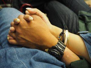 セカンドパートナーの意味とは?手を繋ぐまでの肉体関係のない恋愛?